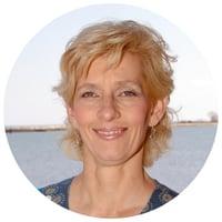 Dr. Andrea Gruszecki Headshot - Small